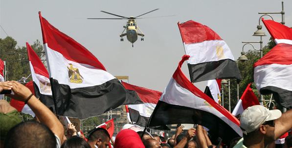Devrimden Darbeye Mısır