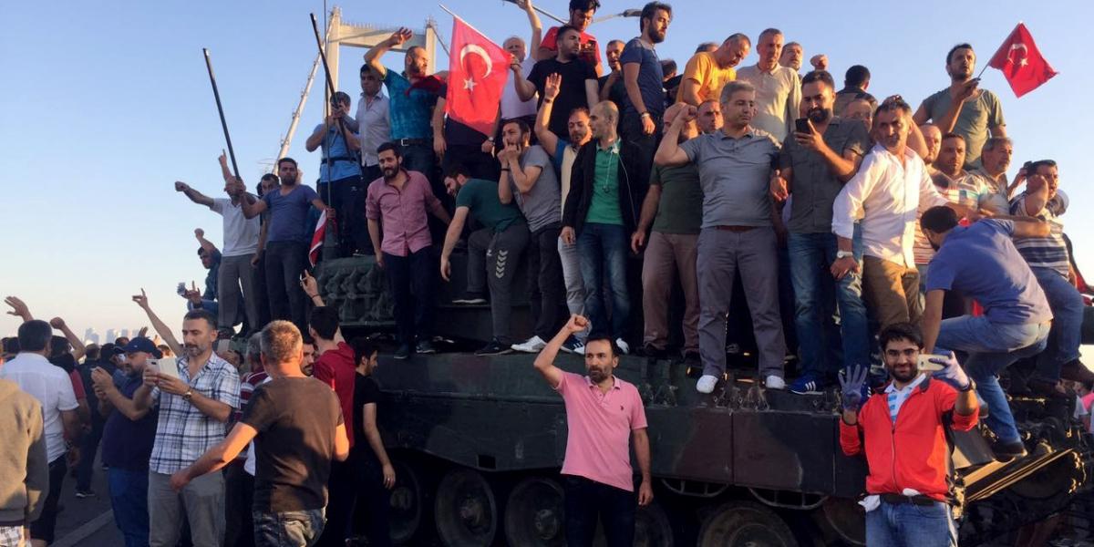 Türk Halkına Methiye
