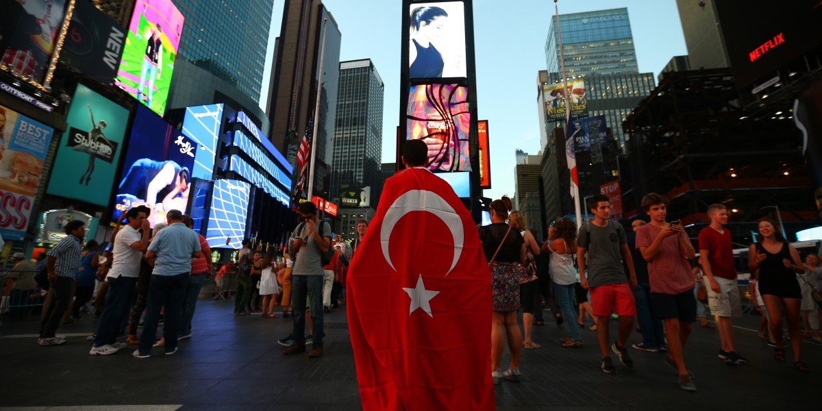 Darbe Karşısında Batı'nın İslamofobik Tutumu